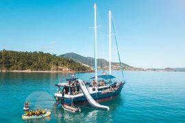 Atlantic Clipper whitsundays sailing adventure australia backpacker airlie beach
